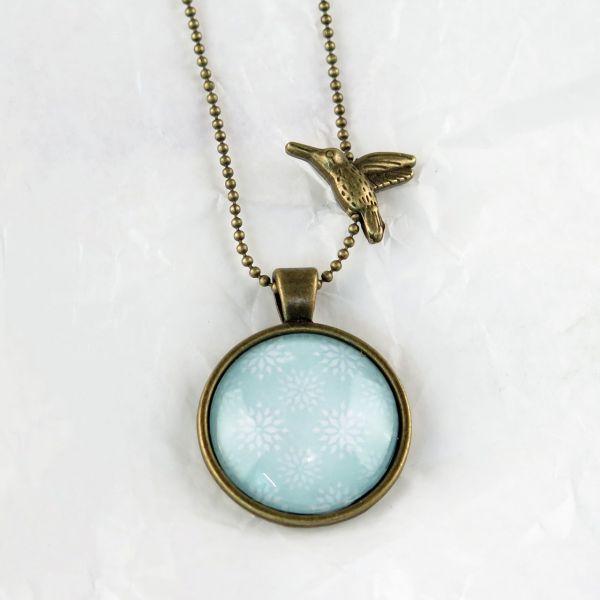 Medaillon-Halskette türkis/weisse Sterne