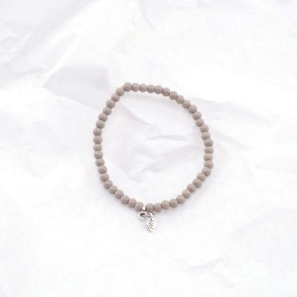 Armkette Glasperlen Blatt grau
