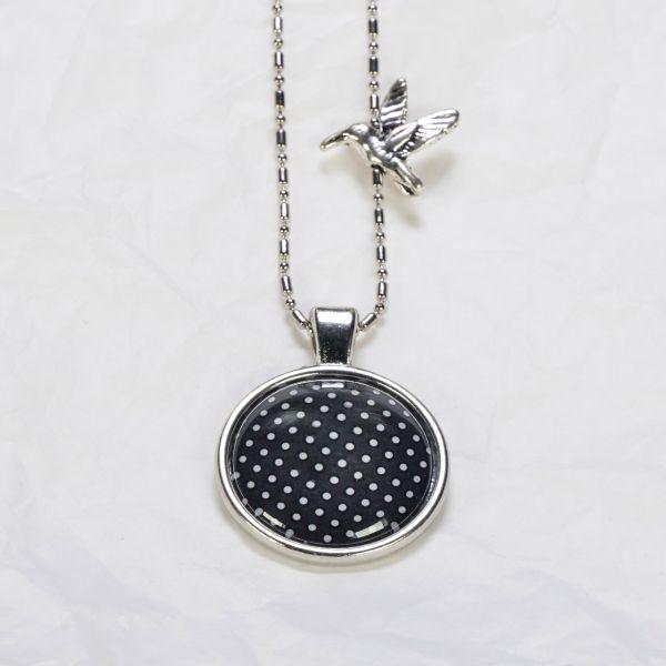 Medaillon-Halskette schwarz/weisse Punkte