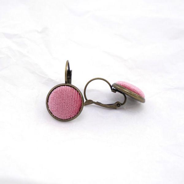 Ohrring Samt rosa Seite