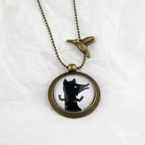Medaillon-Halskette Wolf