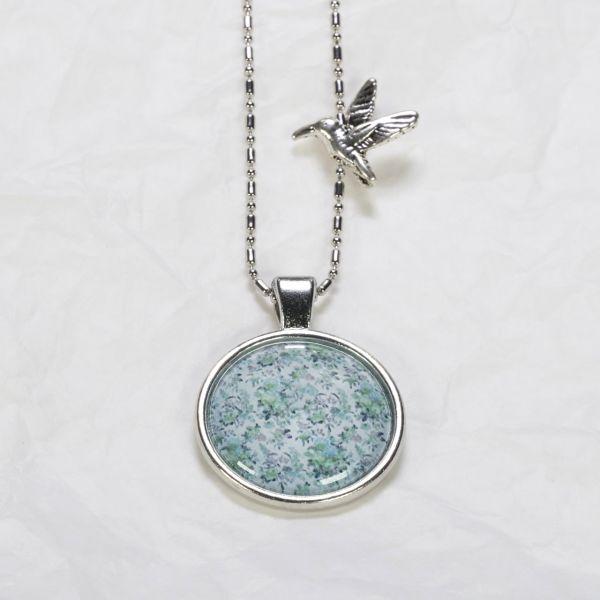 Medaillon-Halskette Blumen grün