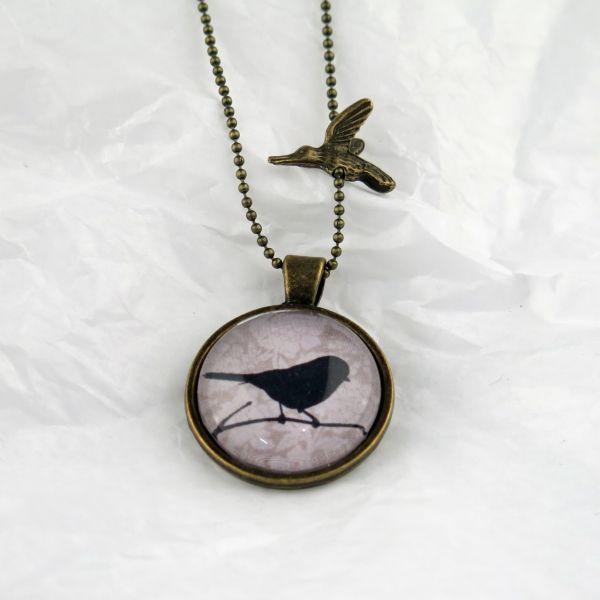 Medaillon-Halskette Vogel / beige